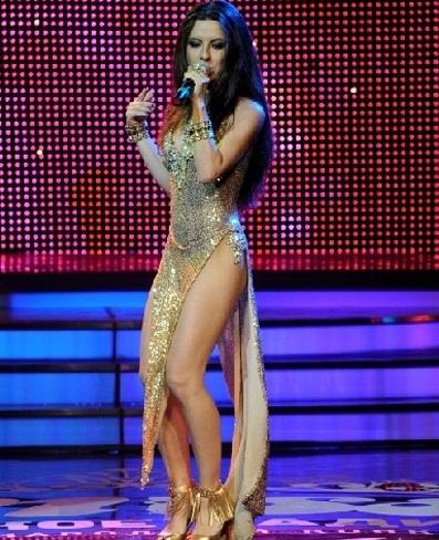 На премию Мисс Русское радио артистка пришла в блестящем наряде